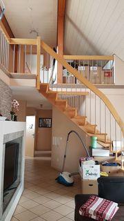 4 5-Zimmer Maisonette Wohnung in