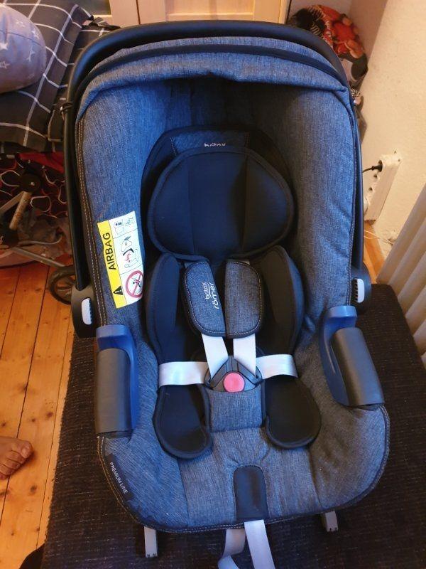 Babysafe i-size mit Flex base
