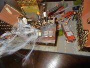 Modellbau Marktplatz brennendes Haus löscht
