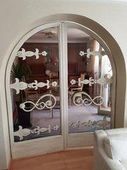 Glasflügeltüren