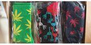 9 Paare verschiedene Socken