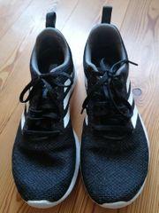 Adidas Sportschuhe in Größe 39