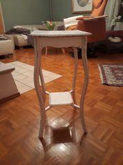 Tischchen Tisch