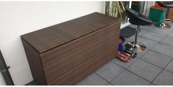 Aufbewahrungsbox aus Rattan