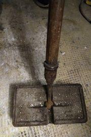 Antik Blocker oder Eisenbessen