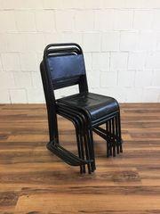 Stapelstuhl schwarz Vintage Indutrial Design