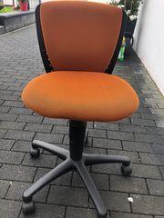 Schreibtischstuhl orange