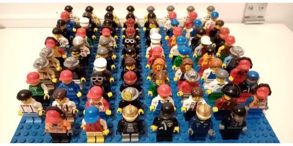 LEGO MINIFIGUREN PFERDE HAI