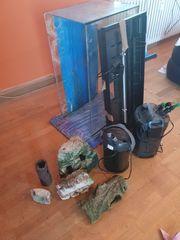 Aquarium-Set zu verschenken