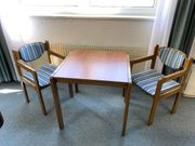 Möbelpaket Holz - Tische Stühle Hocker -
