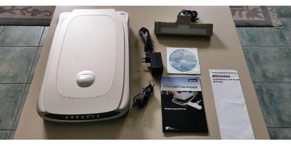 Flachbett Scanner mit Diaeinleser
