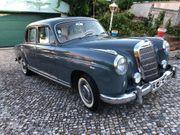 Oldtimer Mercedes Benz 220 S