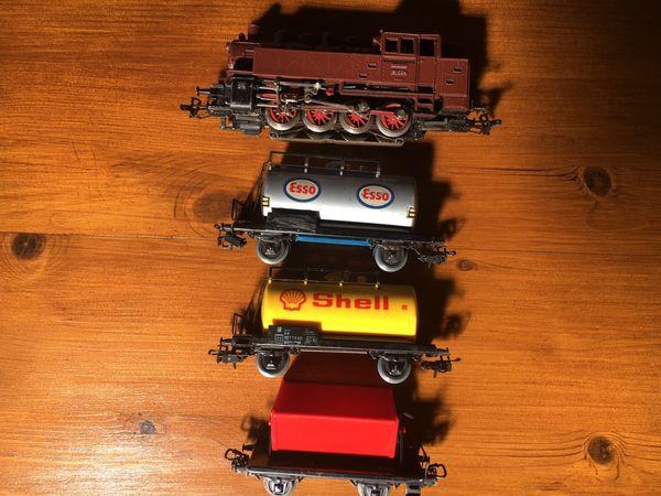 MÄRKLIN H0 Güterzug mit Dampflok