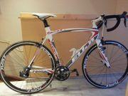 Rennrad Fahrrad Fuji SST 2