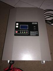 Neuwertiges Batterieladegerät