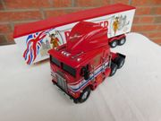 Modell Freightliner Truck1 58 BEEFEATER