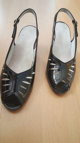 Sandalette schwarz Sandale Halbschuh: Kleinanzeigen aus Schwabach - Rubrik Festliche Abendbekleidung, Damen und Herren