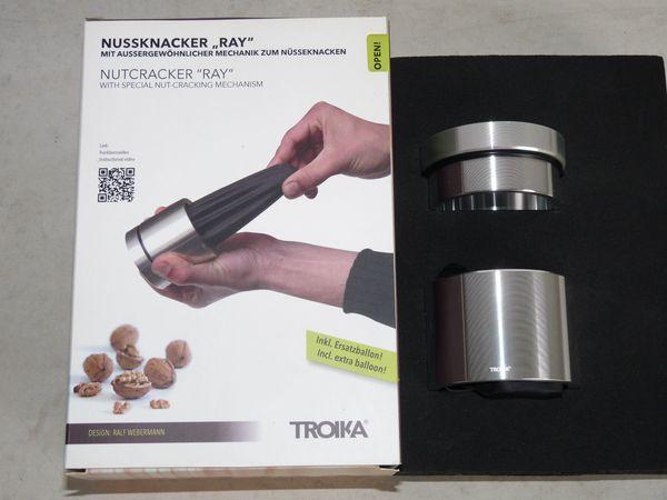 Designer Nussknacker TROIKA RAY NTC90/AL, aus Aluminium, Nußknacker