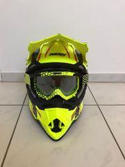 Nox Helm mit Scorpion Brille