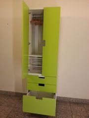 Ikea Stuva Kleiderschrank mit grüner