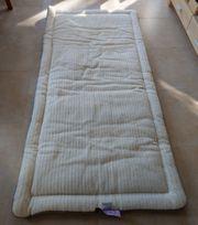 Wolldecke -Kissen und -Matraze Auflage