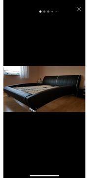 Bett aus hochwertigem leder