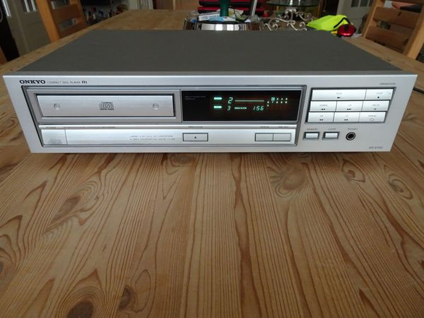 ONKYO Compact Disc Player DX-6700 -technisch