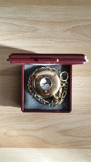 Royal Quarz Uhr