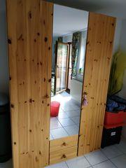 Schlafzimmerschrank - Kiefer top Zustand