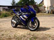Yamaha YZF R125 KEINE Sturz