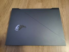 ASUS ROG Zephyrus Duo 15: Kleinanzeigen aus Hamburg Harvestehude - Rubrik Notebooks, Laptops