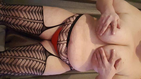 Curvy Schwaben Lady 76