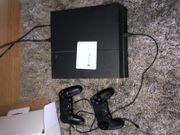 Neuwertige PS 4 mit 2