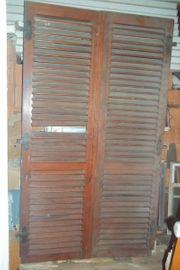 2 historische Fenster-Tür Läden Klappläden