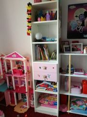 Kinderzimmer Schrank Regal