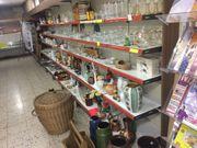 Alte Ladeneinrichtung Verkaufsregale