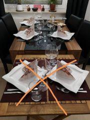 Esstisch mit 4 Lederstühlen