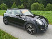 Mini Hatch One