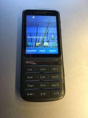 Nokia C3-01 inkl Zubehör