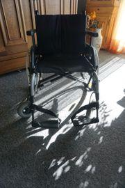 Rollstuhl faltbar Übergrösse Tragfähigkeit 170kg