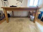 Esstisch aus Holz - Kostenlos bei