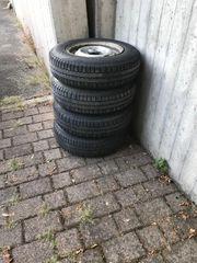 Pferdeanhänger Reifen