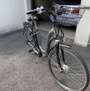 Spezialangebot - zwei E-Bike Damen und