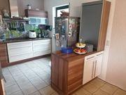 Gut erhaltene Küche
