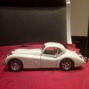 Jaguar XK Modellauto