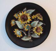 Wandteller Karlsruher Majolika Sonnenblumen 4602