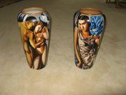 Vasen mit Artdeco-Motiven
