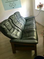 Schönes 3er Leder sofa zum