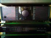 Stereoanlage aus mehreren Einzelkomponenten