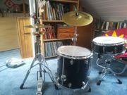 Komplettes Schlagzeug Basix Classic Series